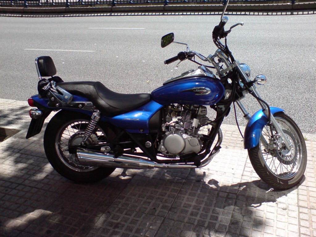 Kawasaki_Eliminator_125_DSC00126